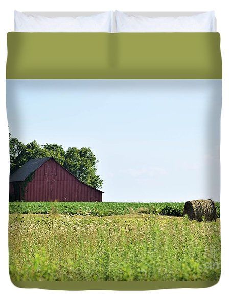 Duvet Cover featuring the photograph Kansas Barn by Mark McReynolds