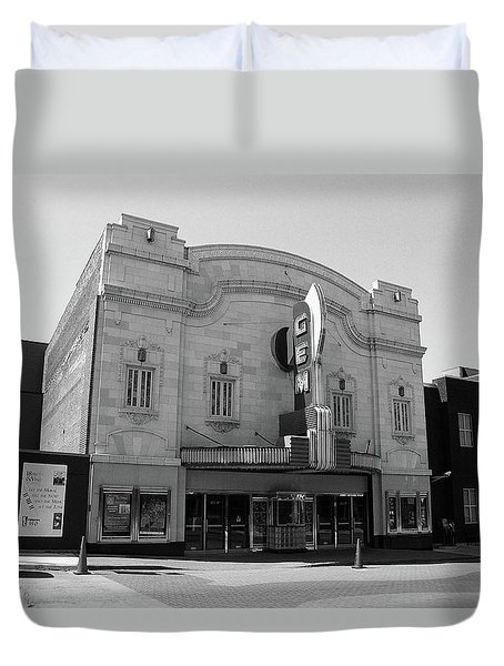 Duvet Cover featuring the photograph Kansas City - Gem Theater Bw by Frank Romeo