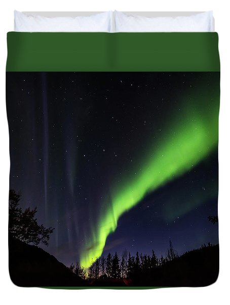Kantishna Northern Lights In Denali National Park Duvet Cover by Brenda Jacobs