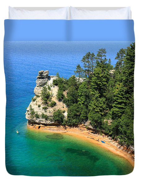 Kayaking At Miners Castle Duvet Cover by Rachel Cohen