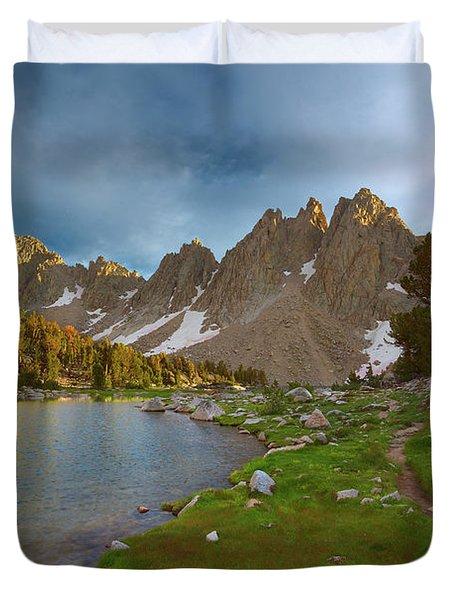 Kearsarge Lakes Trail Duvet Cover