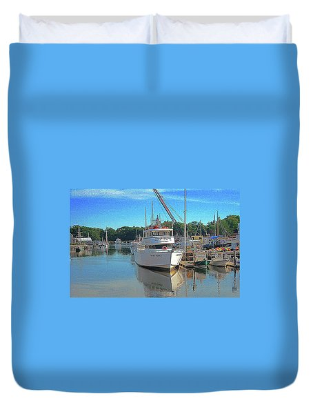 Duvet Cover featuring the photograph Kennebunk, Maine - 2 by Jerry Battle