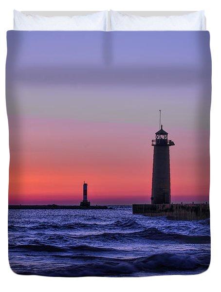 Kenosha Lighthouse Blue Waves Duvet Cover
