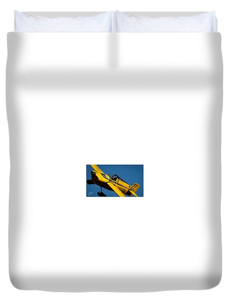 Duvet Cover featuring the photograph Kent Jackson In Once More, Friday Morning. 16x9 Aspect Signature Edition by John King