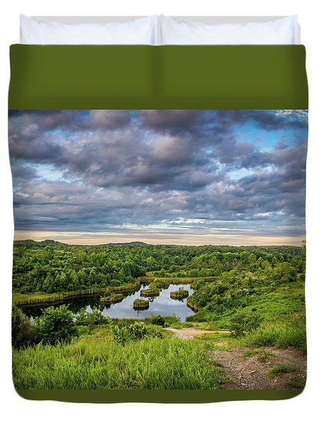 Kentucky Hills And Lake Duvet Cover