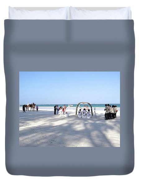 Kenya Wedding On Beach Wide Scene Duvet Cover