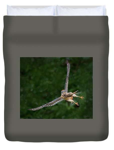 Kestrel With Prey Duvet Cover
