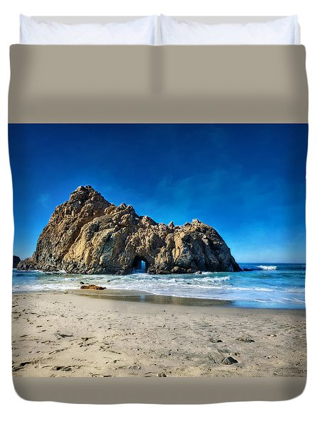 Duvet Cover featuring the photograph Keyhole Rock At Pheiffer Beach #14 - Big Sur, Ca by Jennifer Rondinelli Reilly - Fine Art Photography