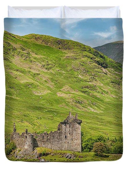 Kilchurn Castle Lochside Duvet Cover