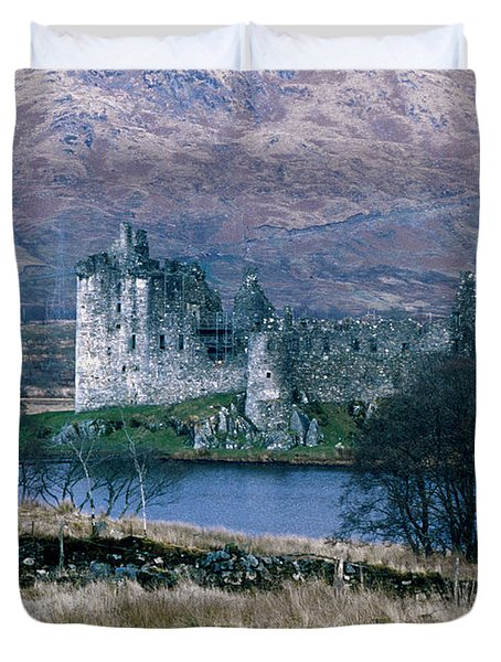 Kilchurn Castle, Scotland Duvet Cover