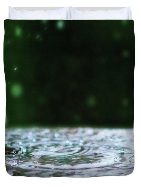Kinetic Raindrops Duvet Cover by Lisa Knechtel