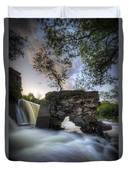 Kingfield Dam II Duvet Cover