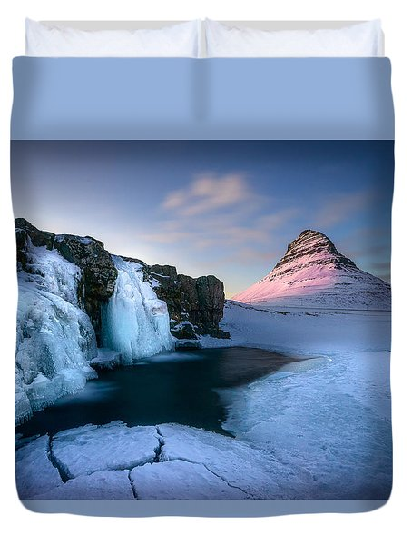Kirkjufell, Iceland Duvet Cover