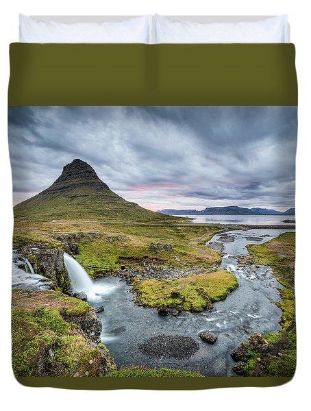 Kirkjufellsfoss 1 Duvet Cover