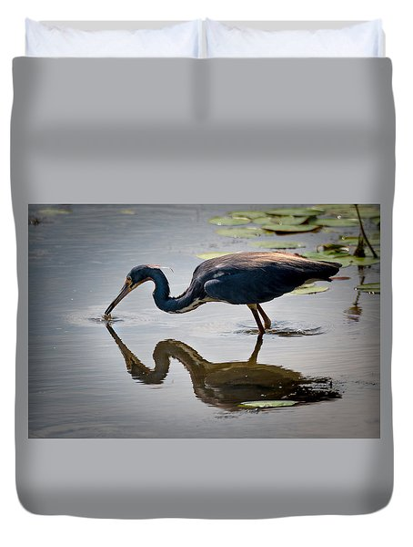 Duvet Cover featuring the photograph Kissing Heron by Allen Biedrzycki