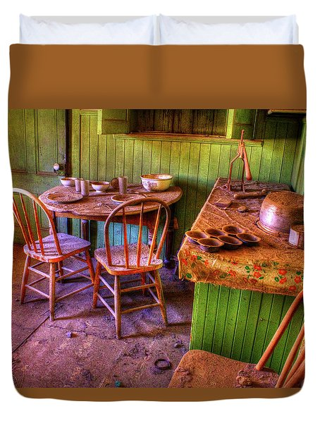 Kitchen Table Bodie California Duvet Cover