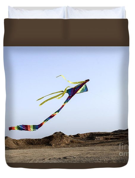 Duvet Cover featuring the photograph Kite Dancing In Desert 03 by Arik Baltinester