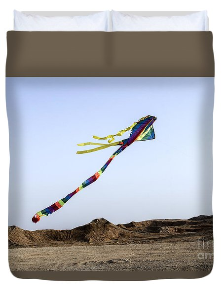 Duvet Cover featuring the photograph Kite Dancing In Desert 04 by Arik Baltinester