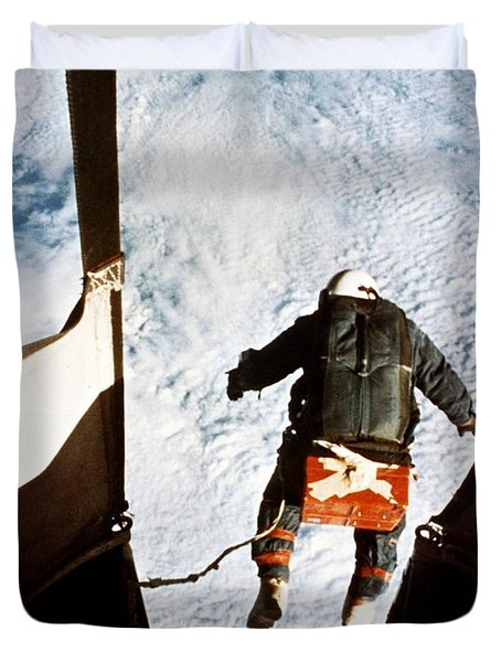 Kittinger Duvet Cover by SPL and Photo Researchers