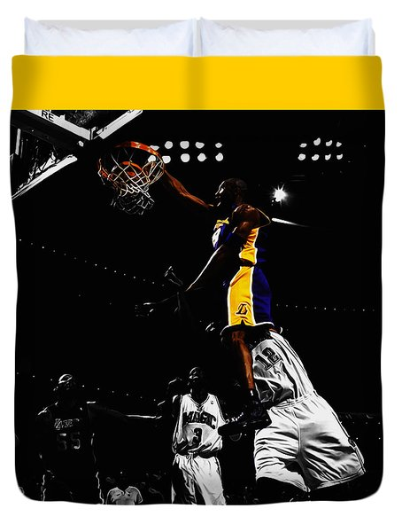 Kobe Bryant On Top Of Dwight Howard Duvet Cover by Brian Reaves