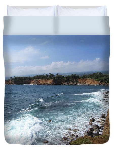 Duvet Cover featuring the photograph Kolaha Coast by Pamela Walton