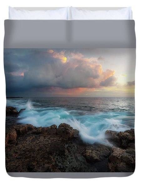 Duvet Cover featuring the photograph Kona Gold by Ryan Manuel