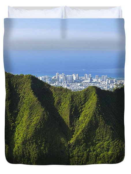 Koolau Mountains And Honolulu Duvet Cover by Dana Edmunds - Printscapes
