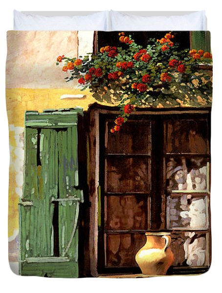 la finestra di Sue Duvet Cover