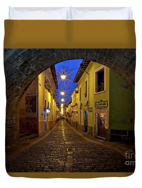 La Ronda Calle In Old Town Quito, Ecuador Duvet Cover by Sam Antonio Photography