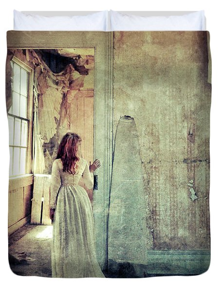 Lady In An Old Abandoned House Duvet Cover