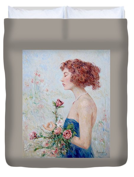 Lady With Roses  Duvet Cover