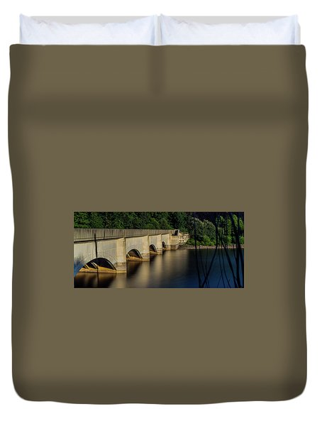Duvet Cover featuring the photograph Ladybower Reservoir Reflecting Viaduct by Scott Lyons