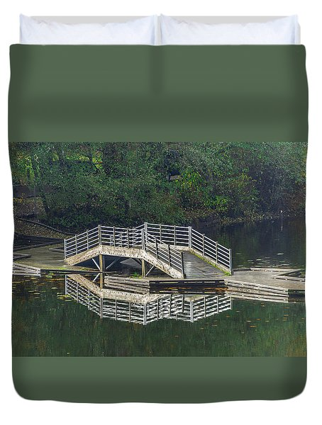 Duvet Cover featuring the photograph Lake Fenwick by Jerry Cahill