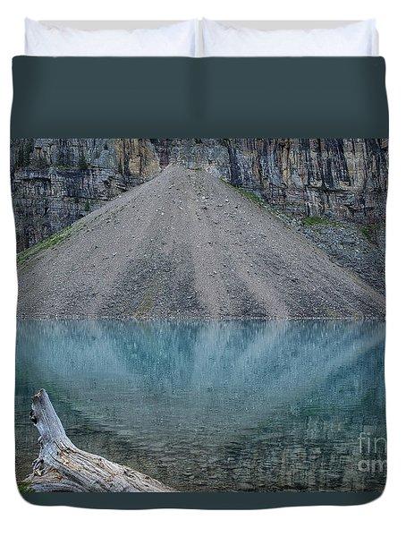 Lake Maligne Duvet Cover