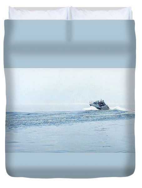 Duvet Cover featuring the photograph Lake Michigan Boating by Lars Lentz