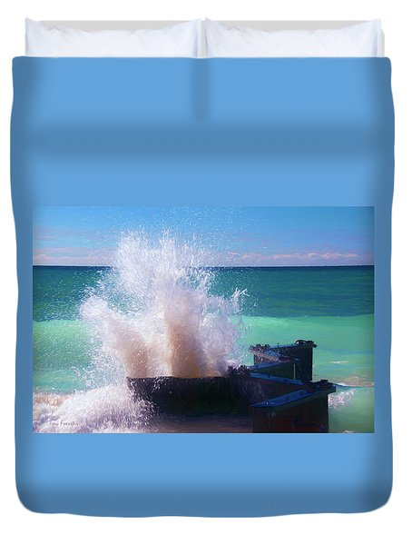 Lake Michigan Wave Crash Duvet Cover