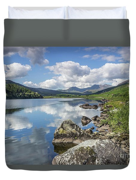 Duvet Cover featuring the photograph Lake Mymbyr And Snowdon by Ian Mitchell