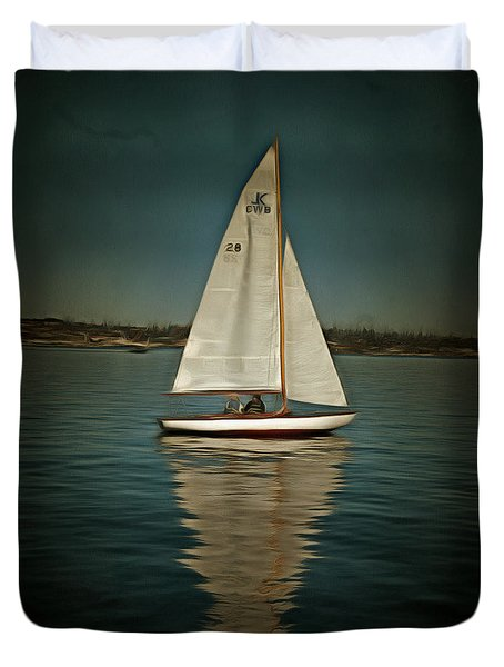 Duvet Cover featuring the photograph Lake Union Day Sailing by Susan Parish