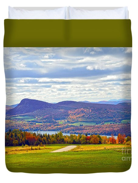 Lake Willoughby In Autumn Duvet Cover by Catherine Sherman