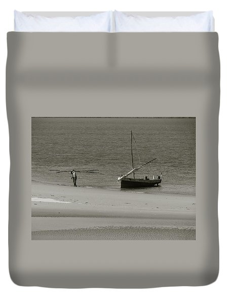 Lamu Island - Wooden Fishing Dhow Getting Unloaded - Black And White Duvet Cover by Exploramum Exploramum