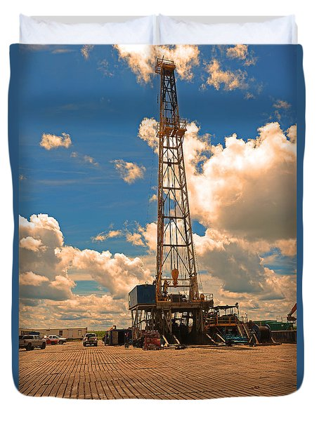 Land Oil Rig Duvet Cover