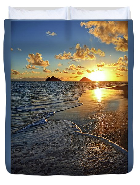 Lanikai Beach Sunrise Foamy Waves Duvet Cover