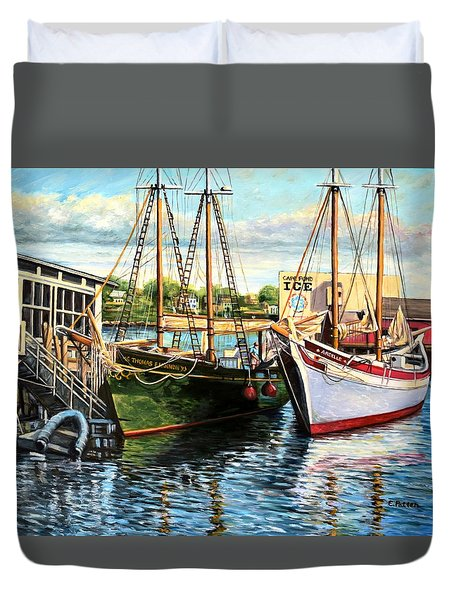 Lannon And Ardelle Gloucester Ma Duvet Cover by Eileen Patten Oliver