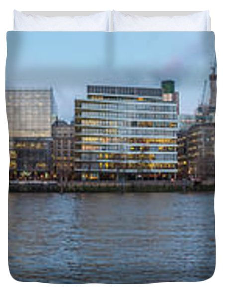 Large Panorama Of Downtown London Betwen The London Bridge And T Duvet Cover