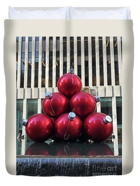 Large Red Ornaments Duvet Cover