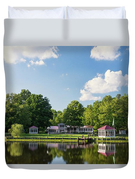 Larry Buckner - King George Duvet Cover