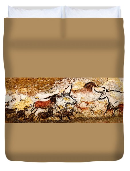 Lascaux Hall Of The Bulls Duvet Cover