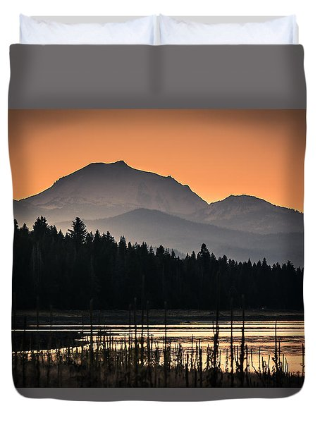 Lassen In Autumn Glory Duvet Cover by Jan Davies