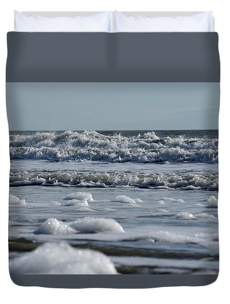 Duvet Cover featuring the photograph Last Look Of The Season by Greg Graham