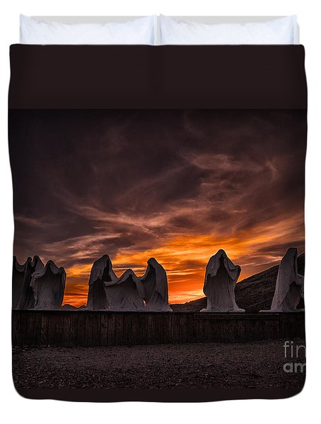 Last Supper At Sunset Duvet Cover